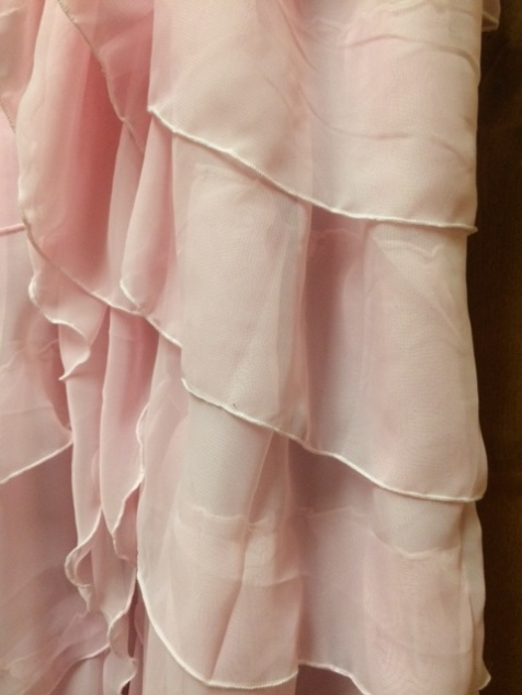 hermione-ruffles-side-fall-detail-2222017